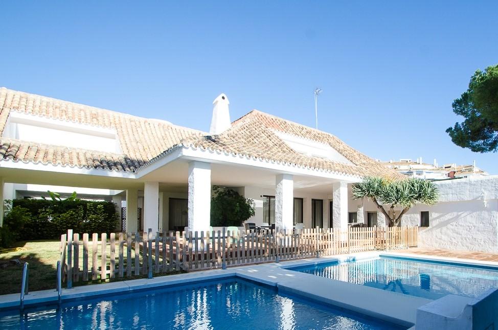 Villa Puerto Banus